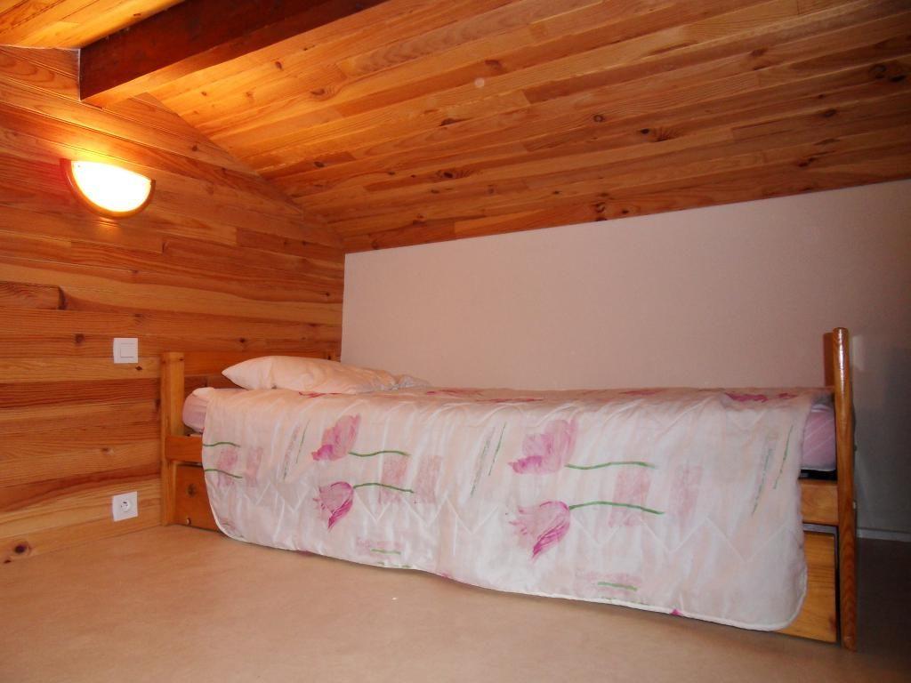 Mezzanine avec lit gigogne
