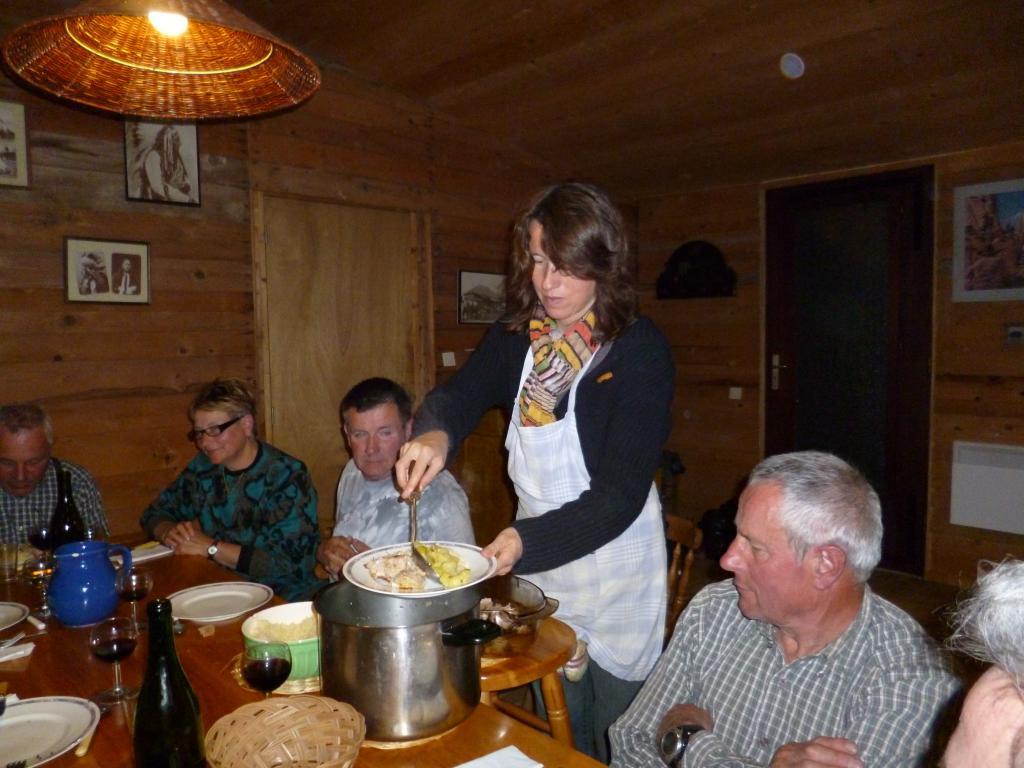 gîte d'étape, table d'hôte, repas bio et terroir